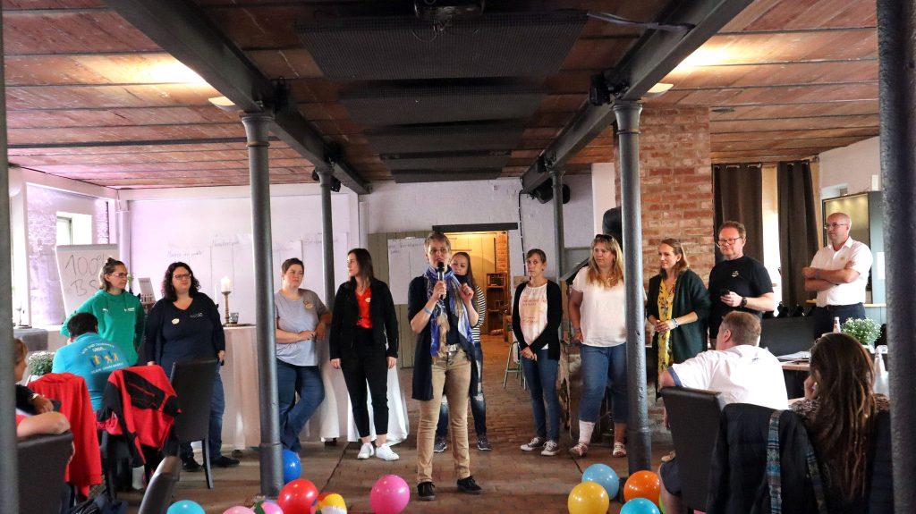 SippelsHof-Firmenevents_Begrüßung im Kuhstall